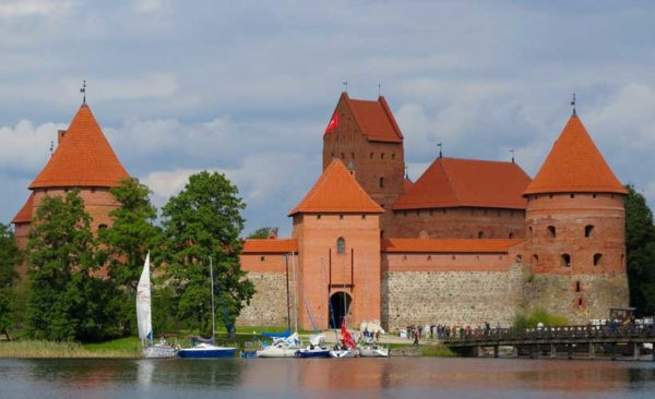 Lithuania-Trakai-castle