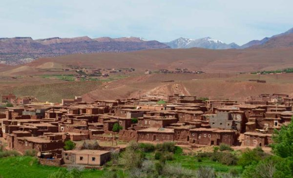 Morocco-town-snow-capped-mountains