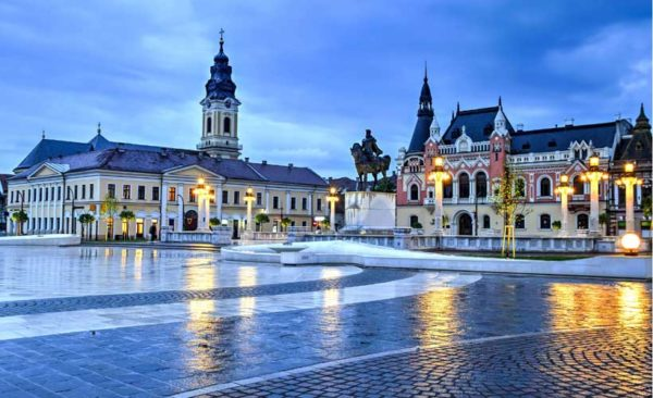 Beautiful buildings of union square oradea at dusk