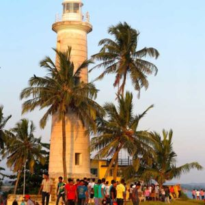 Galle Lighthouse with lots of local people