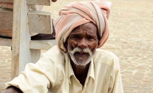 india-turban-man