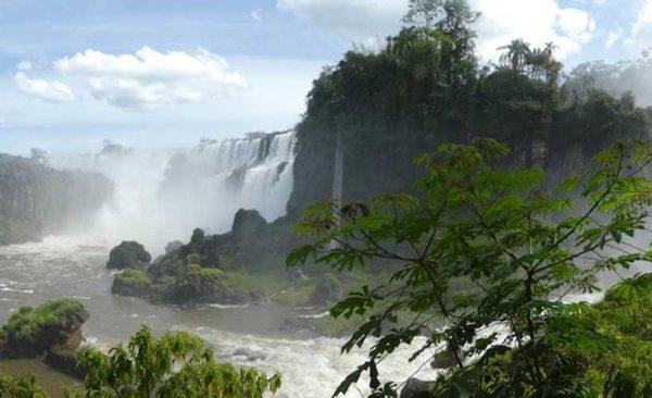 Argentina-Iguazu-falls-