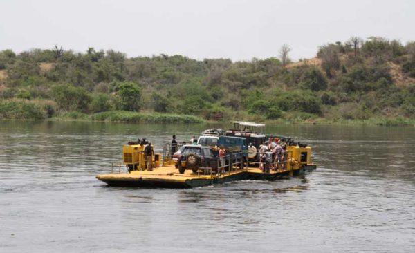 Uganda-rafting