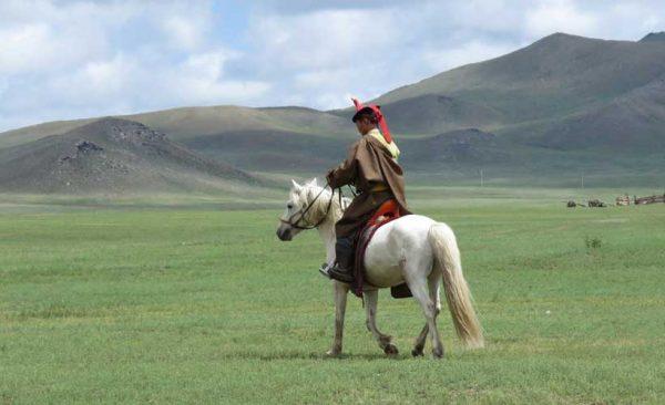 Mongolia-Naadam-horseman