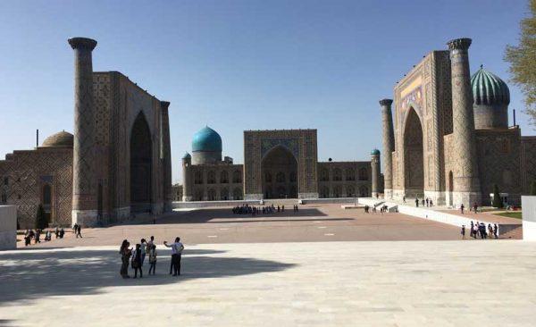 Uzbekistan-Samarkand-Registan-Square