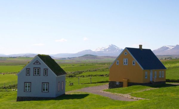 Iceland-small-village