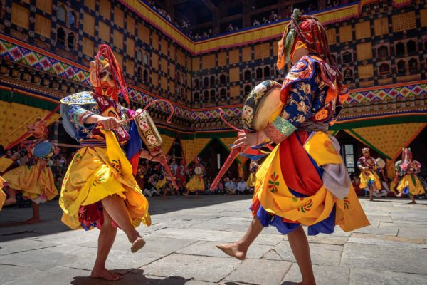 2-Monks-dancing-in-Bhutan