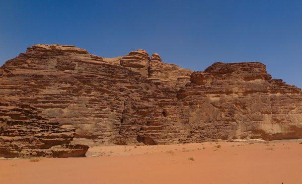 Jordan-Wadi-Rum-desert-colours
