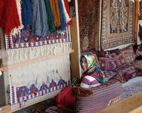 Hand-knotted-rugs-in-Turkey