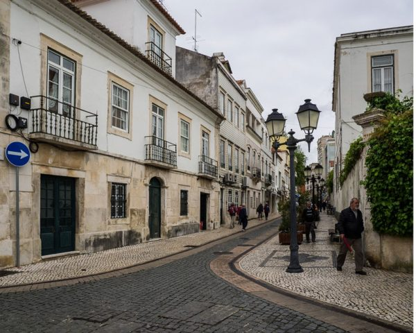 Cobblestoned-streets-of-Obidos-Portugal