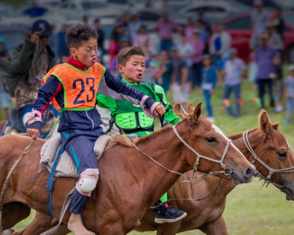 Jockeys-fight it out-Naadam-Mongolia