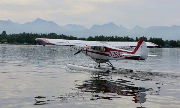 Water-landing-Alaska